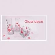 como decorar cristal con glass deco y una perforadora par scrapbook